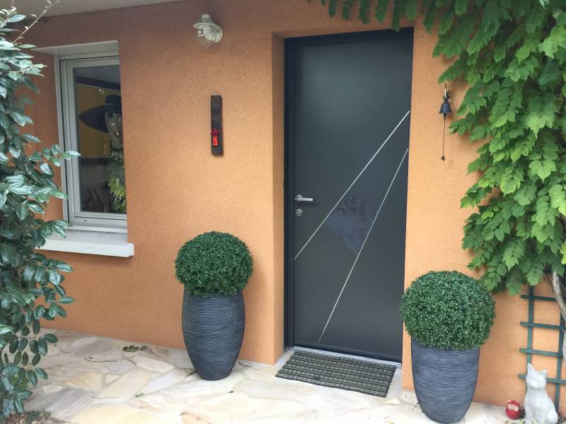 Chantier porte entr e en d pose totale for Installation d une porte d entree