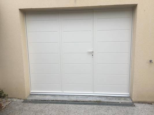 porte-garage-battante-sib-en-alu-coloris-9001-maule-78