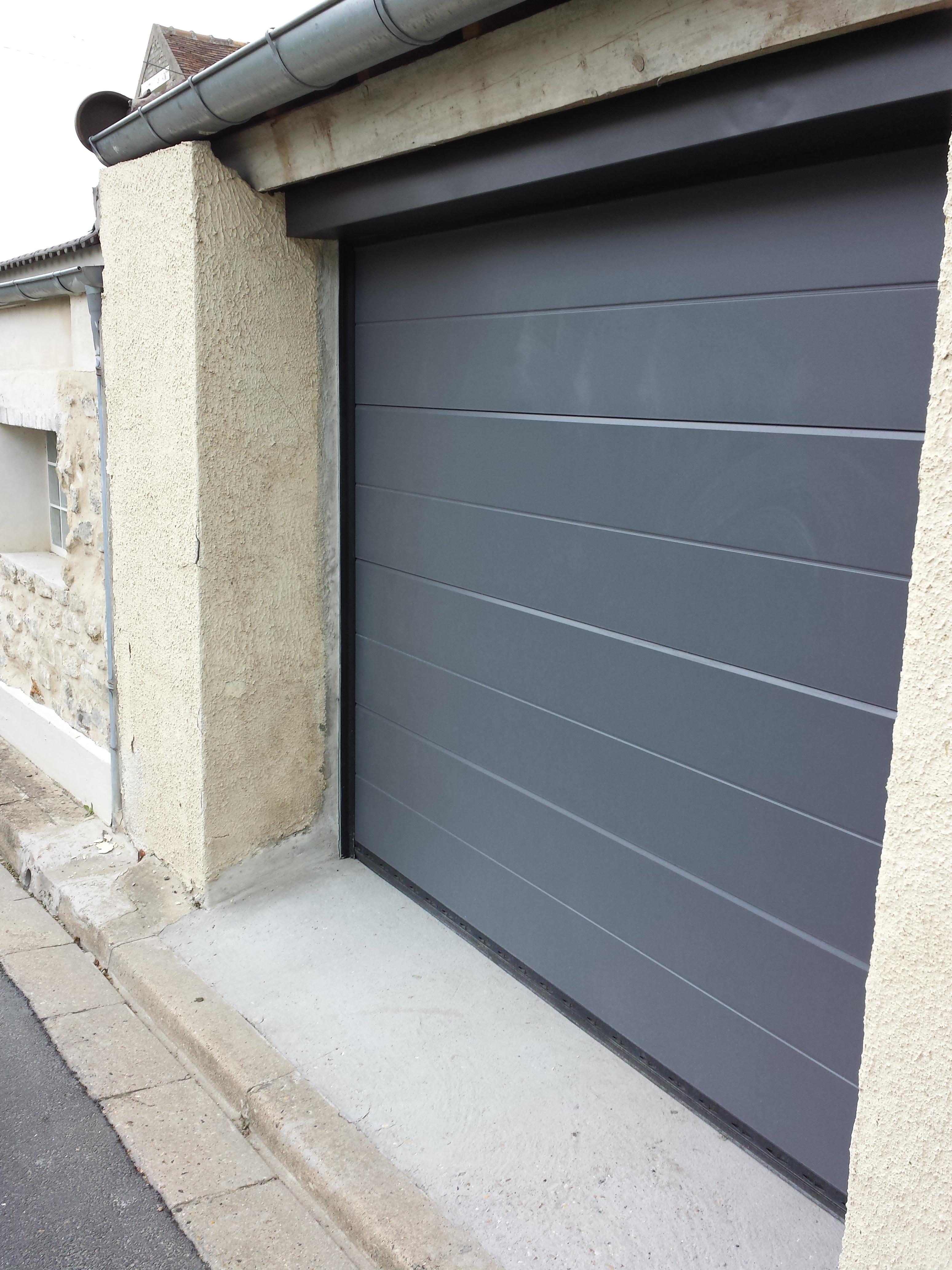 Porte de garage sectionnelle isolante - Porte garage isolante ...