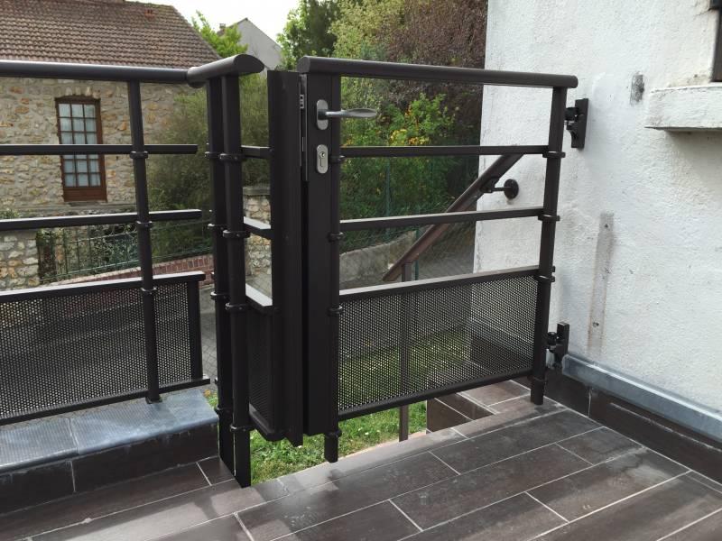 Garde corps claustra en aluminium installateur 78 et idf for Portillon terrasse