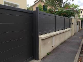portail et cl ture alu moderne. Black Bedroom Furniture Sets. Home Design Ideas