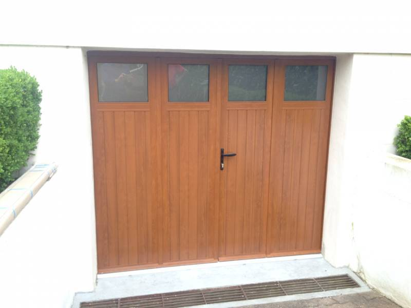 porte-garage-battante-sib-alu-coloris-chene-78-le-vesinet