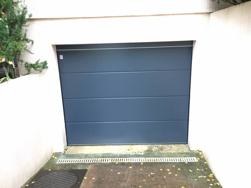 porte-de-garage-sectionnelle-teckentrup-sans-rainure-type-gsw40